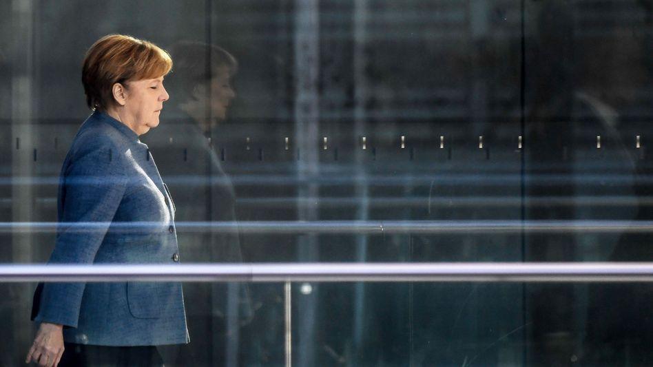 Sondierungen: Merkels Schwäche, Jamaikas Risiko