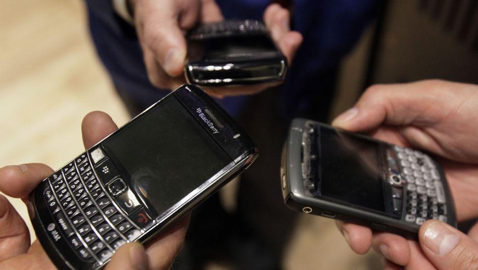 Smartphones: Kontaktlisten, SMS-Verkehr, Notizen, Aufenthaltsorte