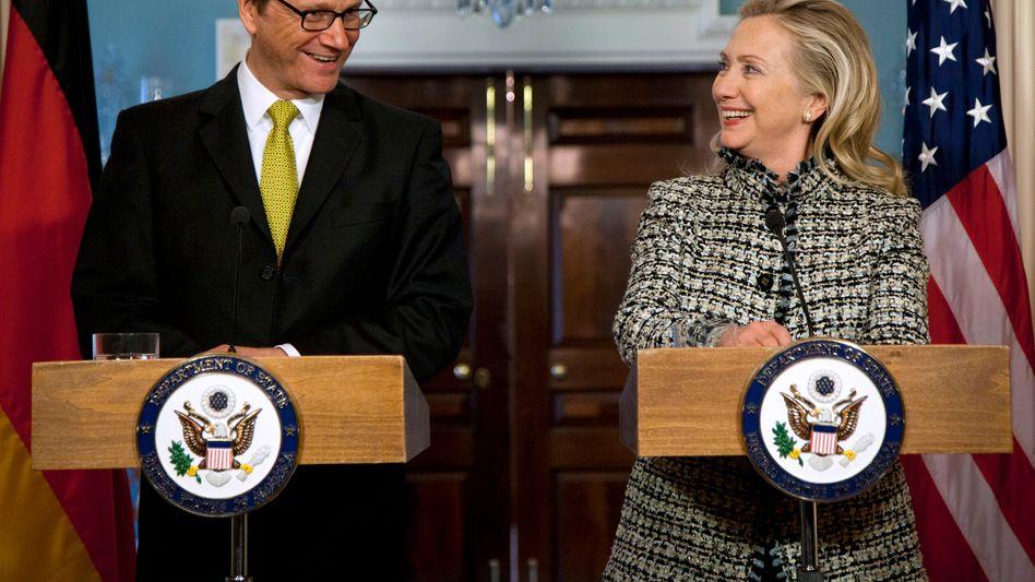 Westerwelle, Clinton: Eine nicht mal unsympathische Stimme