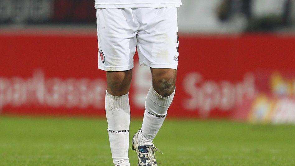 Streit-Objekt Zambrano: Schalke behält sich juristische Schritte vor