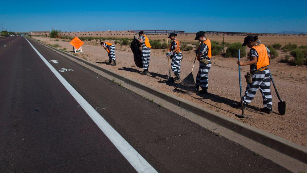 """""""Chain Gang"""" in Arizona: In Ketten"""