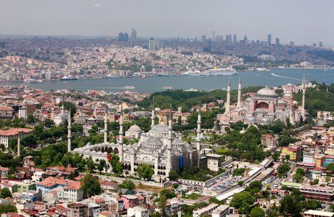 Die Blaue Moschee und die Hagia Sofia in Istanbul sind beliebt bei Türkei-Besuchern