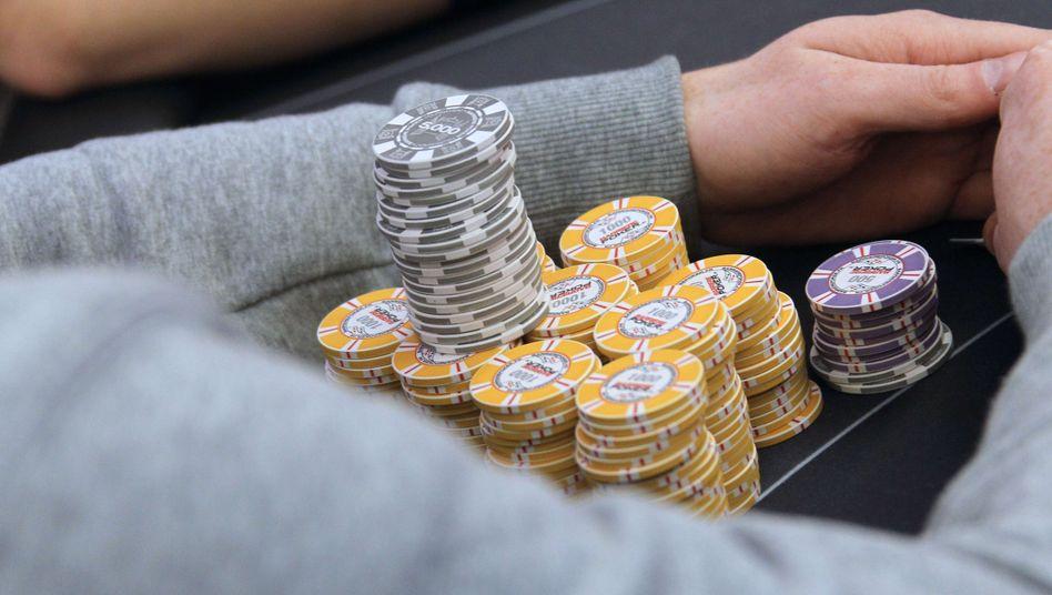 Pokerspieler (Archivbild): Rekordgewinn in Las Vegas