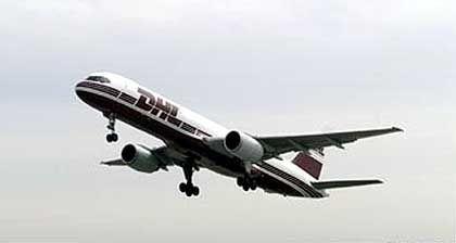 Flugzeugtyp Boeing 757: Offenbar versuchet der Pilot der Frachtmaschine noch auszuweichen