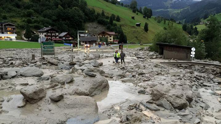 Unwetter in Österreich: Starkregen, Hagel und Schlammlawinen