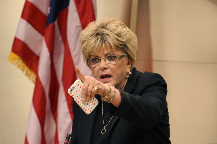 """Bürgermeisterin von Las Vegas, Carolyn Goodman: """"Unterhaltungshauptstadt der Welt, wo alles sauber ist"""""""