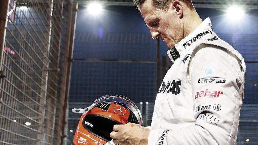 Rennfahrer Schumacher nach seinem Unfall in Singapur am 23. September: Sichtlich getroffen