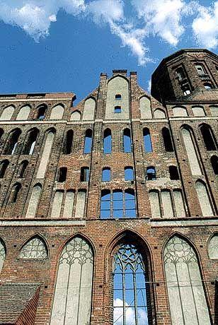 Verblasste Schönheit: Dom-Ruine in Königsberg