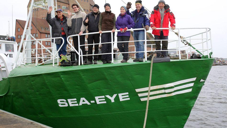 Die Crew des Kutters: Will 1000 Quadratkilometer im Mittelmeer überwachen