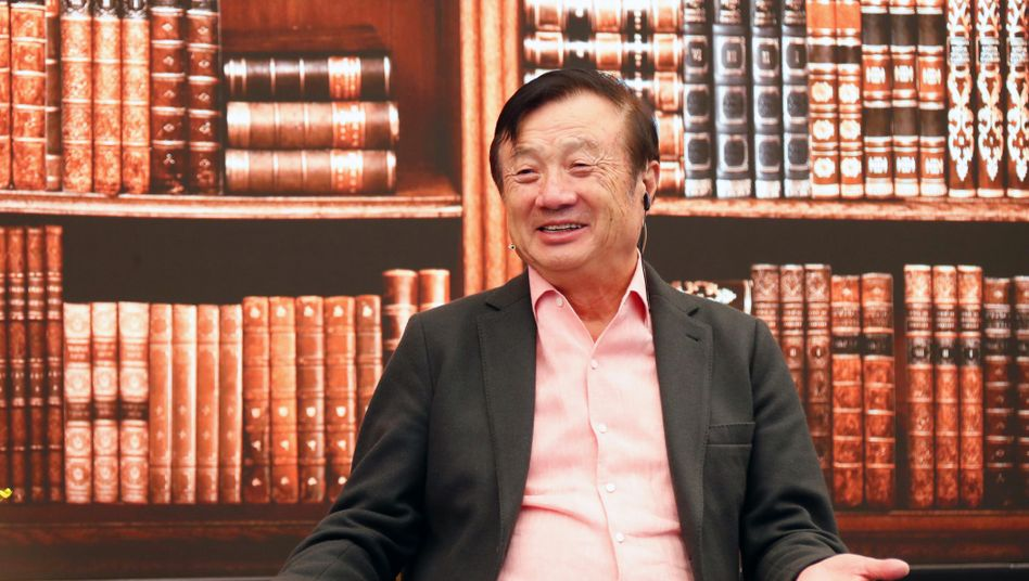 """Huawei-Gründer Ren Zhengfei in Shenzhen: """"Das Huawei-Flugzeug fliegt noch"""""""