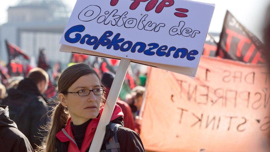 Anti-TTIP-Demonstration (in Berlin): Transatlantischer Dialog verwässert Gesetze