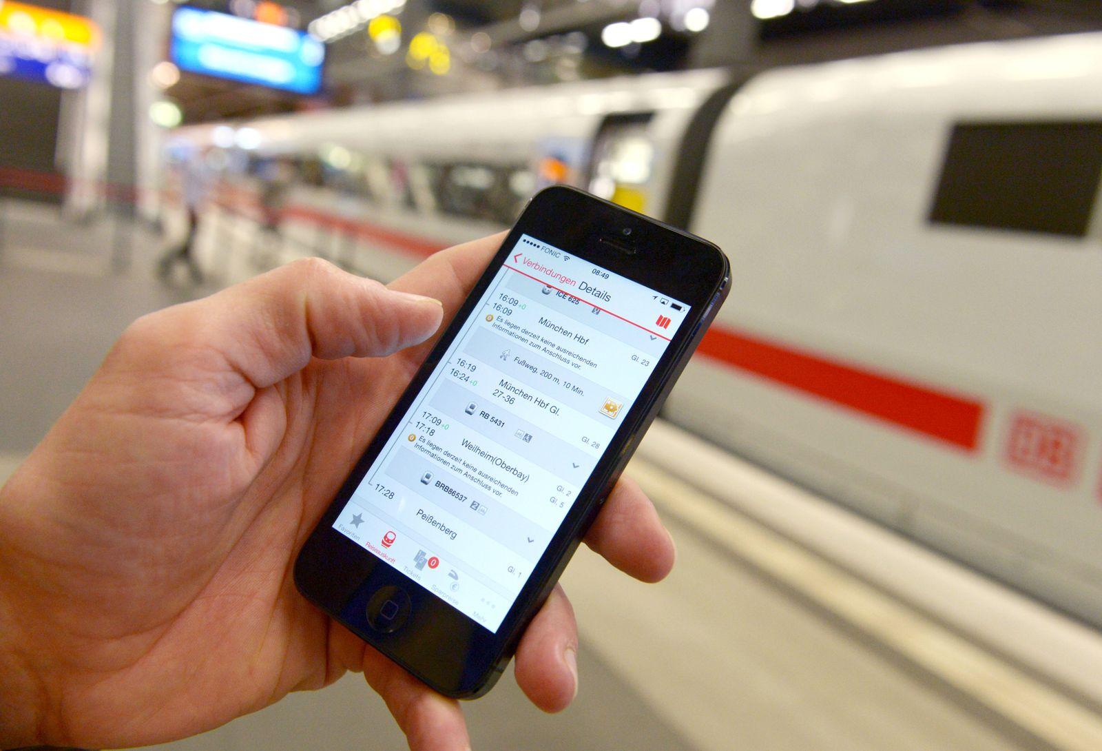 Deutsche Bahn zu Digitalisierung im Betrieb/ Smartphone/ WLAN