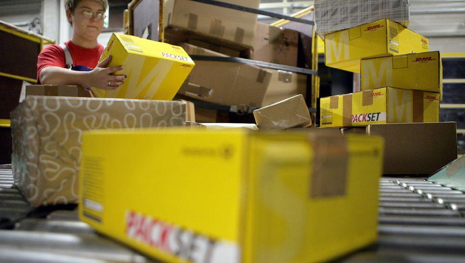 Paketzentrum in Brandenburg (Archivbild): Besonders schwere Lieferungen werden teurer
