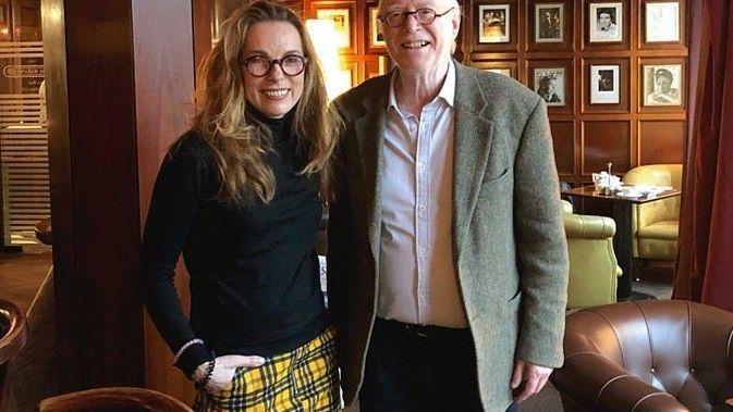 Redakteurin Bettina Musall mit dem Soziologen Richard Sennett in Berlin