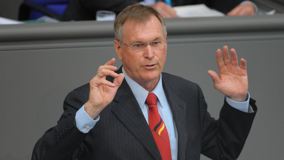 Bundestagsvizepräsident Singhammer (Archivbild): Fordert Aufklärung