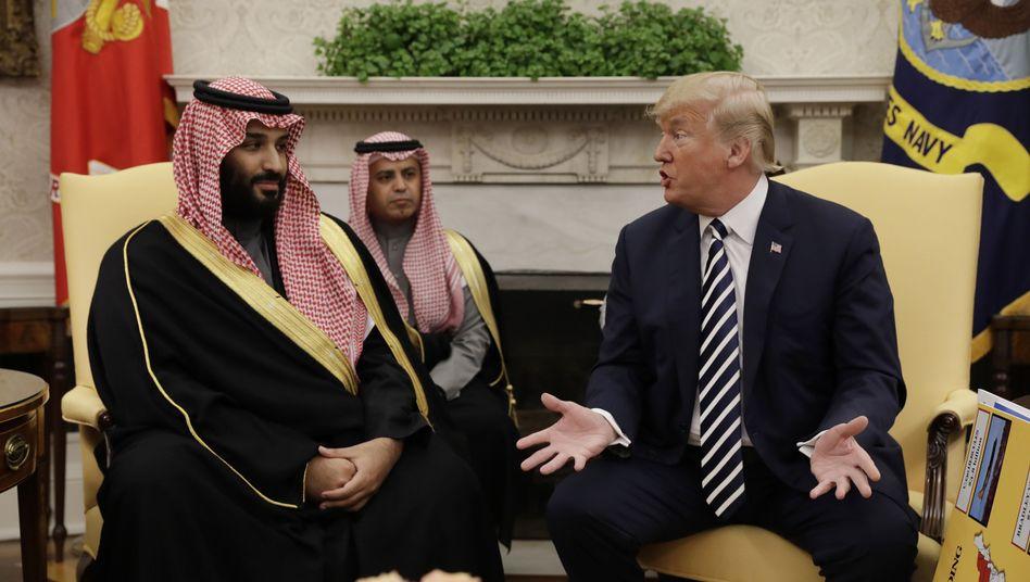 Mohammed bin Salman (l.), Donald Trump