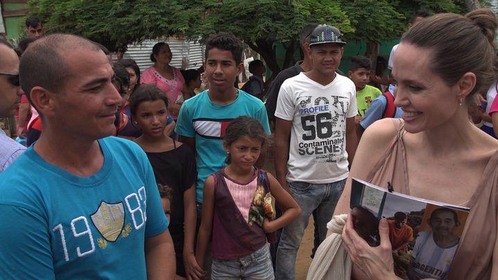 Im Gespräch mit Bewohnern von Riohacha im Nordosten des Landes