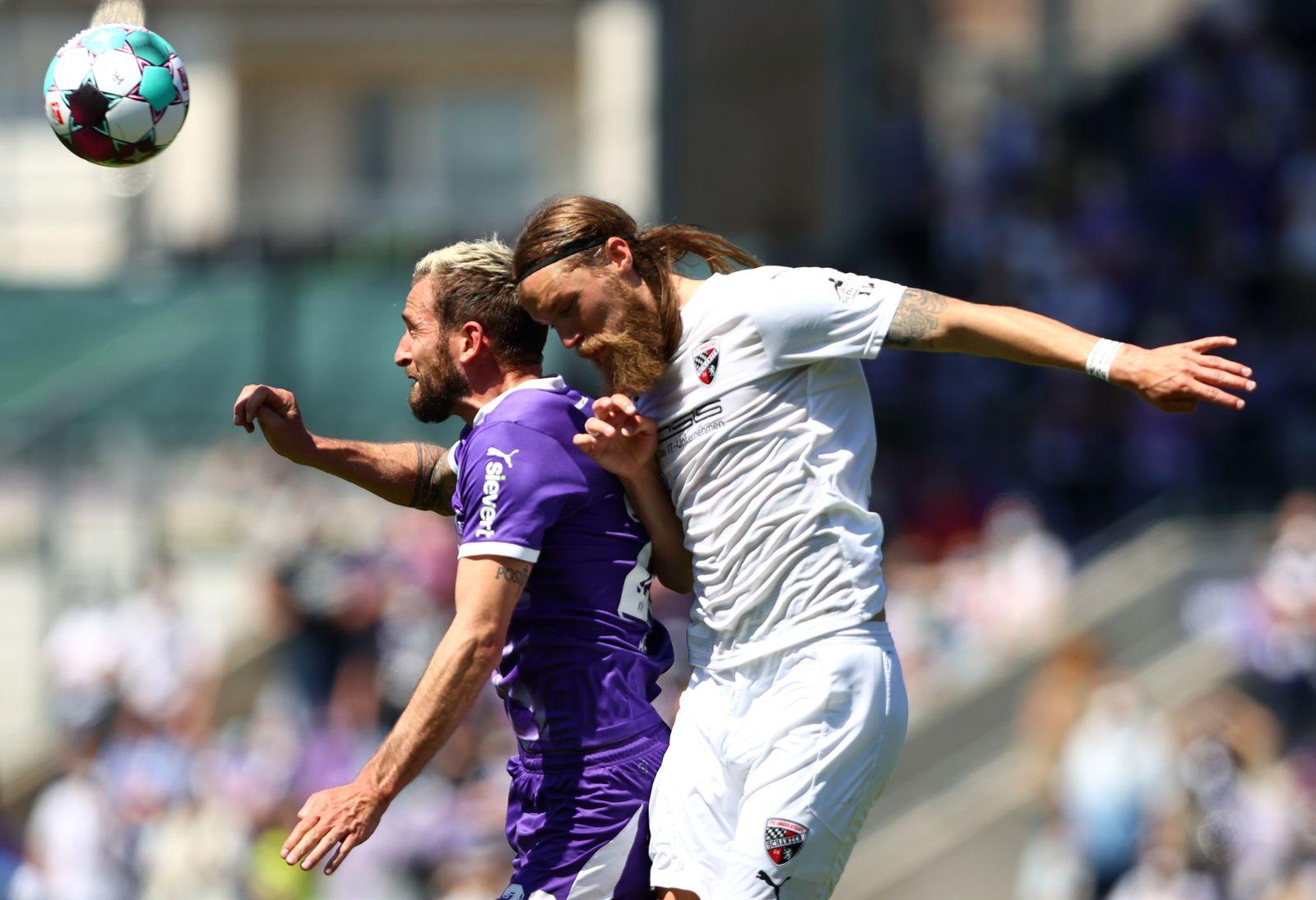 2 Bundesliga Fc Ingolstadt Steigt In Relegation Gegen Vfl Osnabruck Auf Der Spiegel
