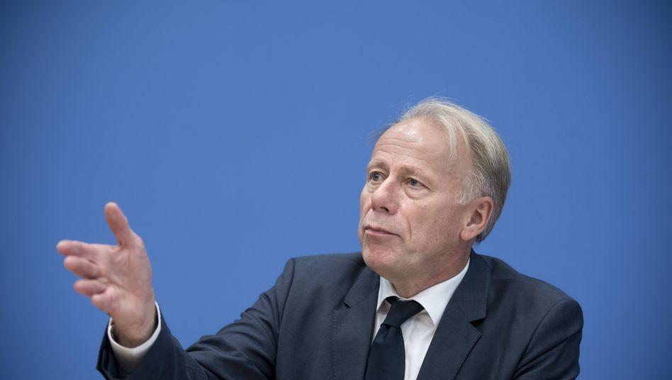 Grünen-Politiker Trittin: Konsequenzen aus dem US-Folterskandal auch in Europa