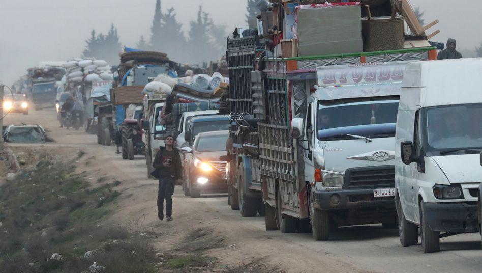 Fahrzeuge mit Flüchtlingen in der Region Idlib (Ende Januar 2020)