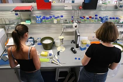Uni-Labor (in München): Mehr Geld für Forschung