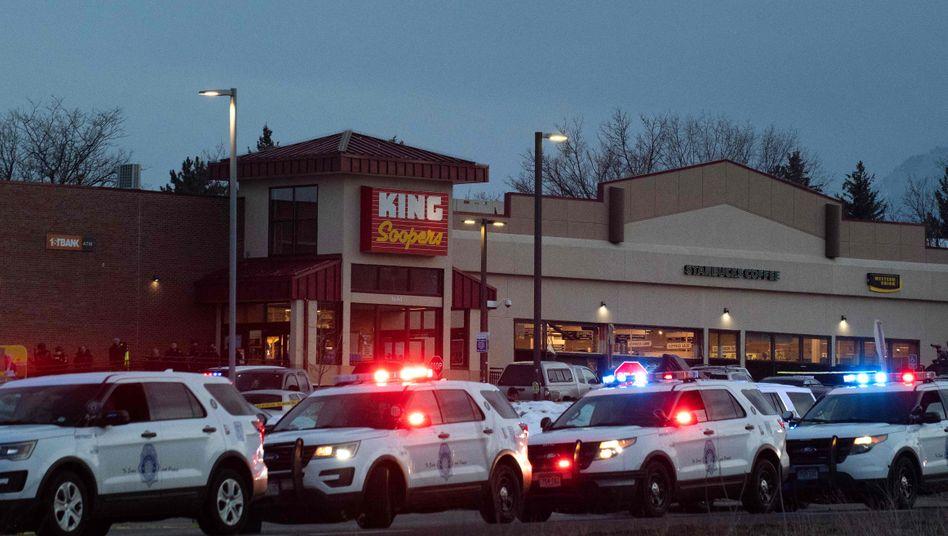 Tatort in der Stadt Boulder im US-Bundesstaat Colorado: Ein Schütze tötete bei einem Angriff auf einen Supermarkt zehn Menschen