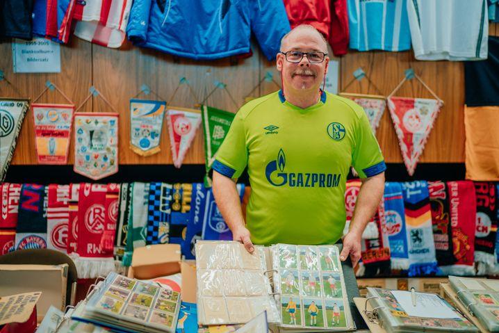 Fritz Maruhn hat dem früheren Schalke-Profi Mike Büskens mal zwei Sammelalben besorgt