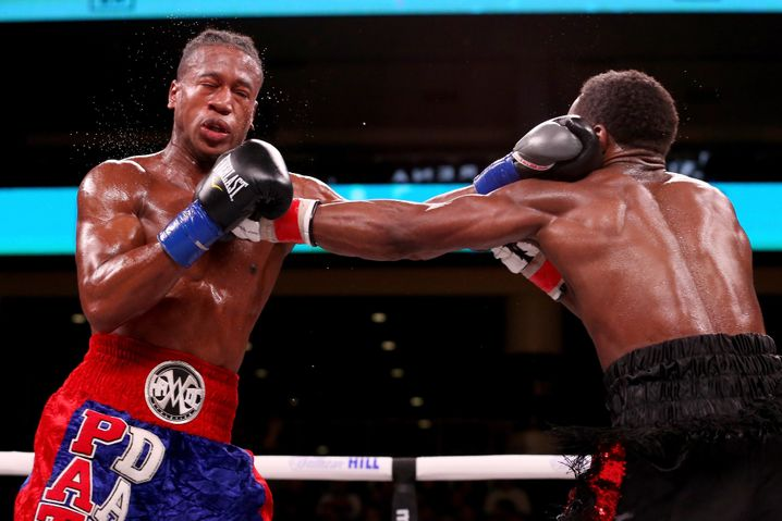 Kampfszene: Schwere Schläge gegen den Kopf