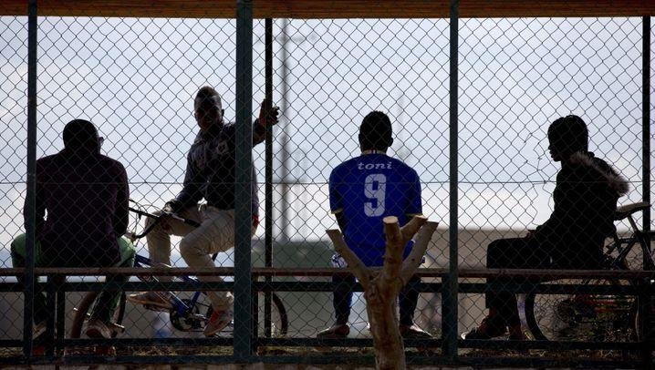 Sizilien: Das Flüchtlingslager Mineo