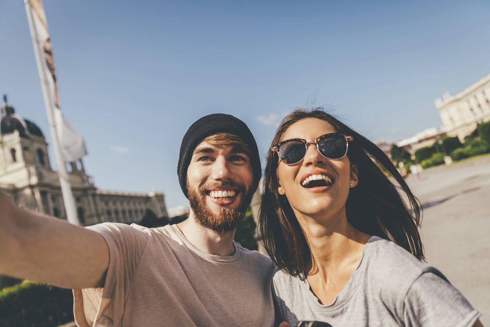 EINMALIGE VERWENDUNG SYMBOLBILD Selfie