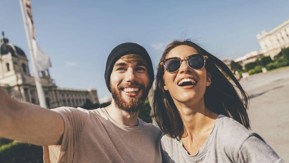 Paar macht Selfie
