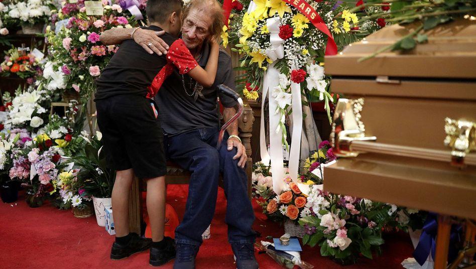 """Antonio Basco bei Trauerfeier in El Paso: """"Das ist unglaublich"""""""