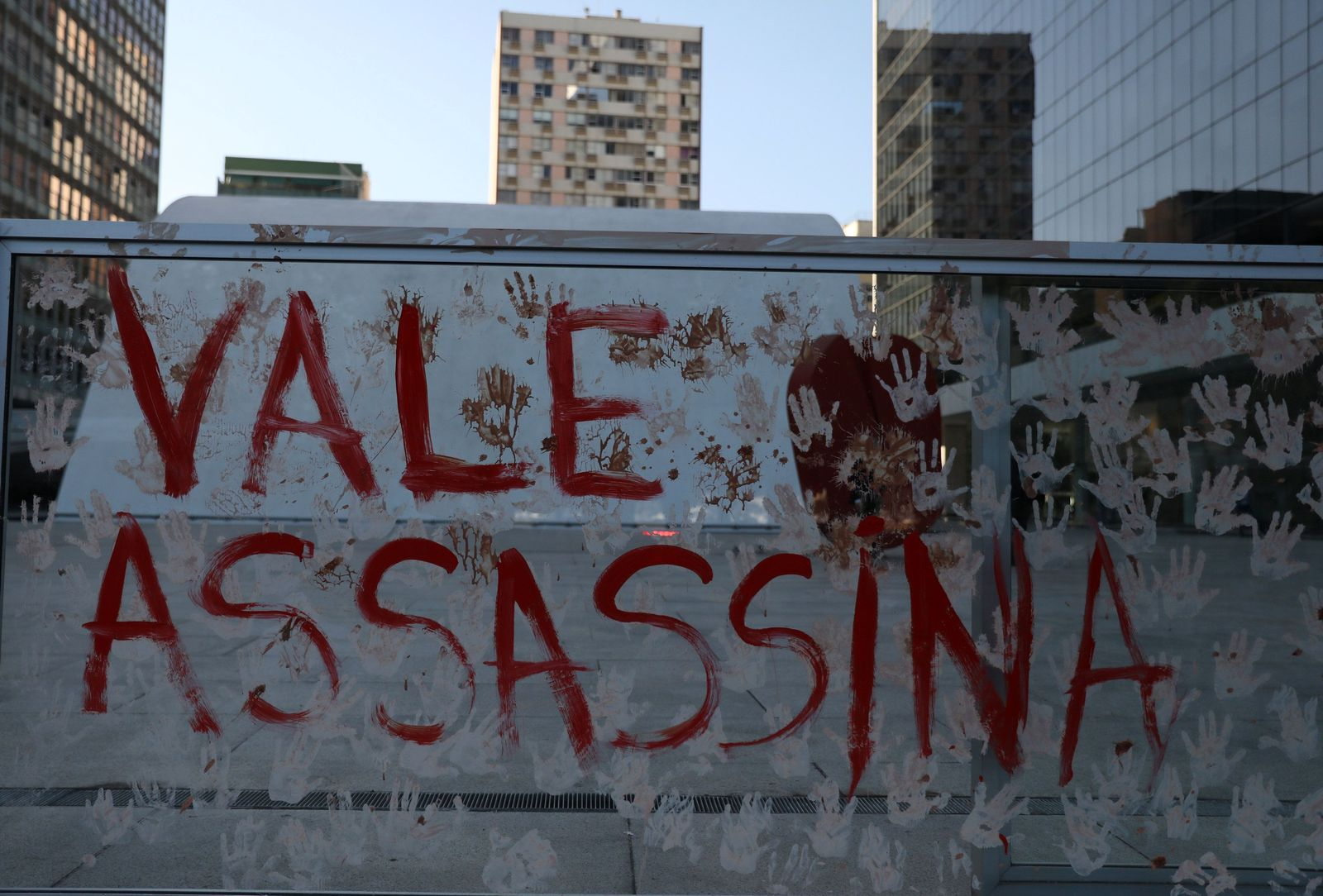 Brasilien Schlammlawine / Proteste gegen Vale