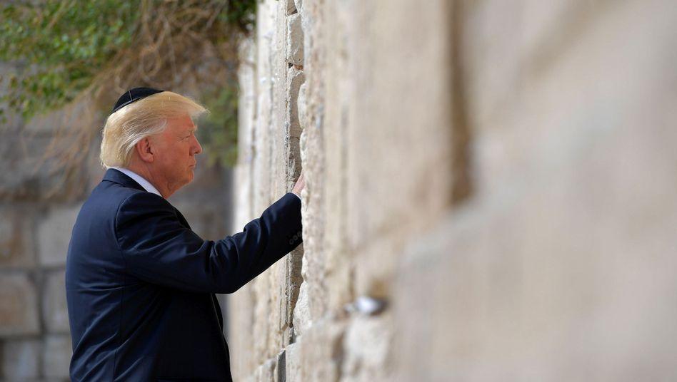 Donald Trump an der Klagemauer