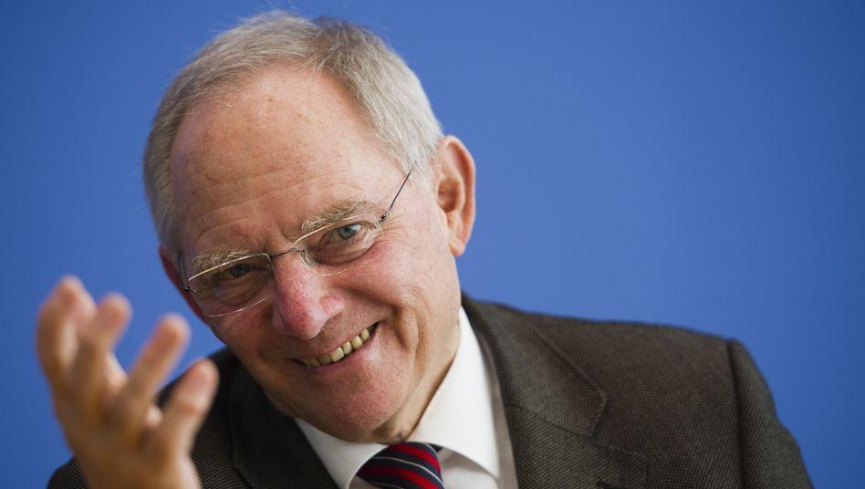 Bundesfinanzminister Wolfgang Schäuble: Er kann sich über billige Kredite freuen