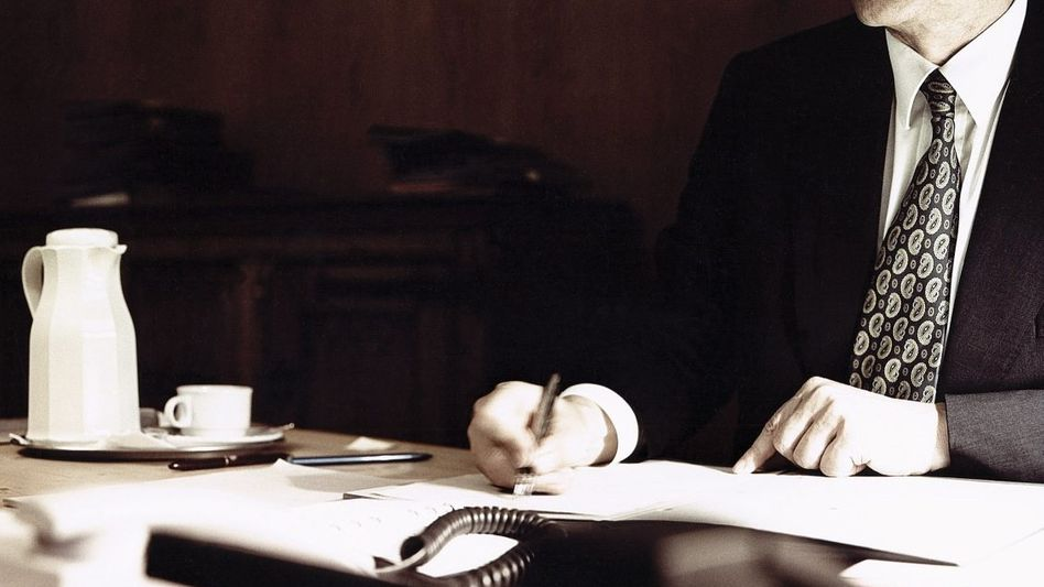 BND-Chef Hanning 2003: »Abgeschirmte« Operationskosten