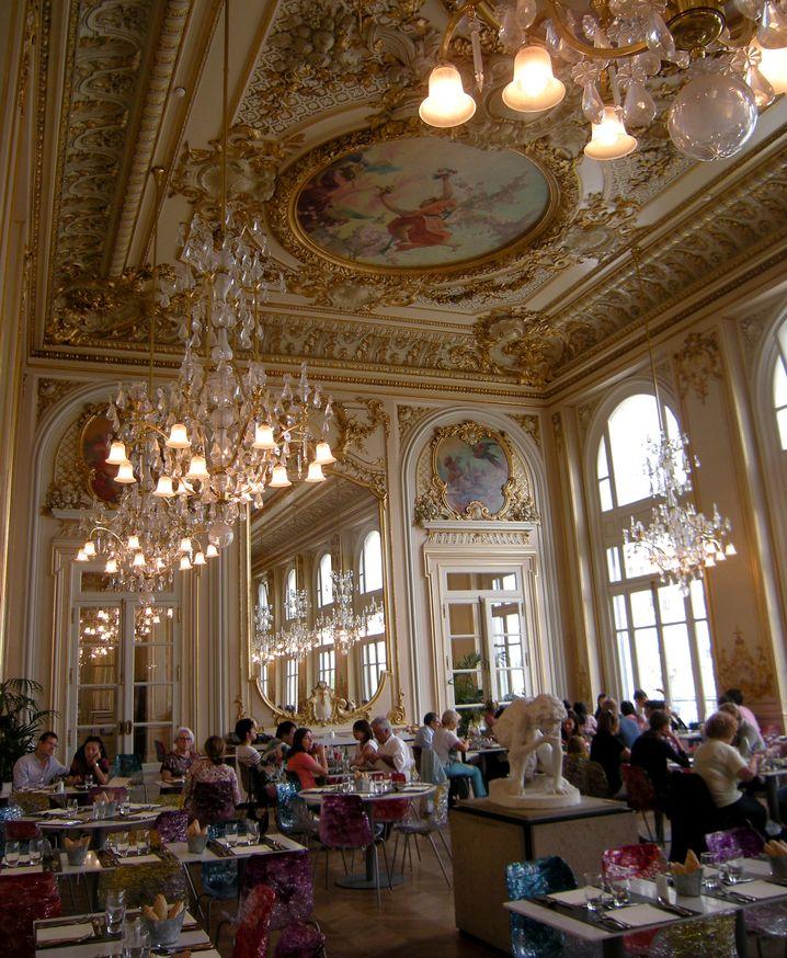 Musée d'Orsay: Kronleuchterglanz im zweiten Stock