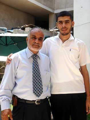 Retter und Geretteter: Links Mohammad Alul, rechts der frisch bekehrte Schedi Saher