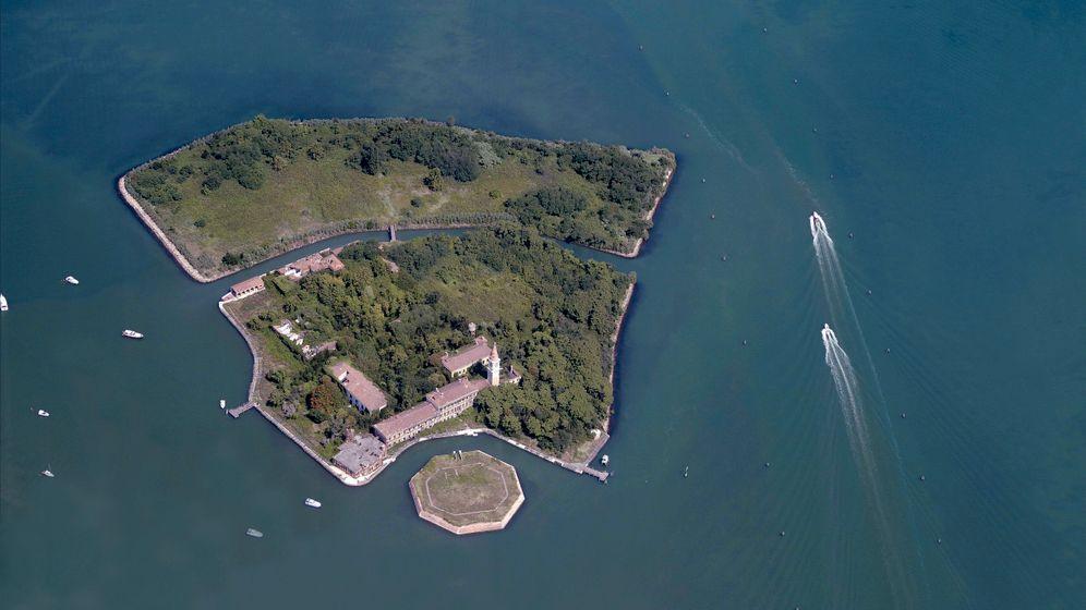 Ausgestoßen und vergessen auf den Quarantäne-Inseln