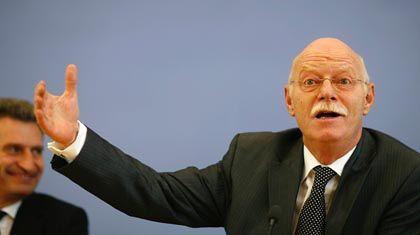 """Peter Struck (Archivbild) über Wolfgang Clement: """"Er wäre nichts ohne die SPD"""""""