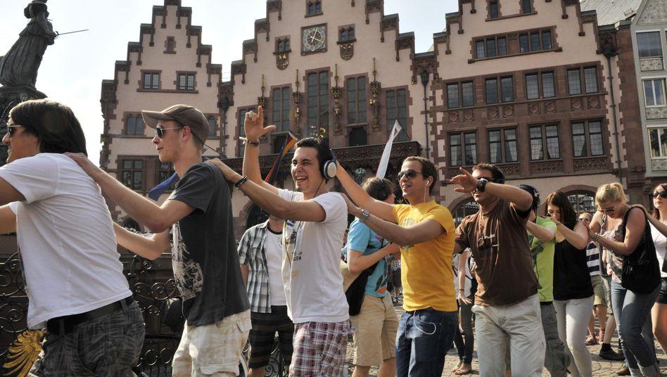 Karfreitag-Flashmob 2011 in Frankfurt am Main: Versammlungsfreiheit versus Feiertagsgesetze