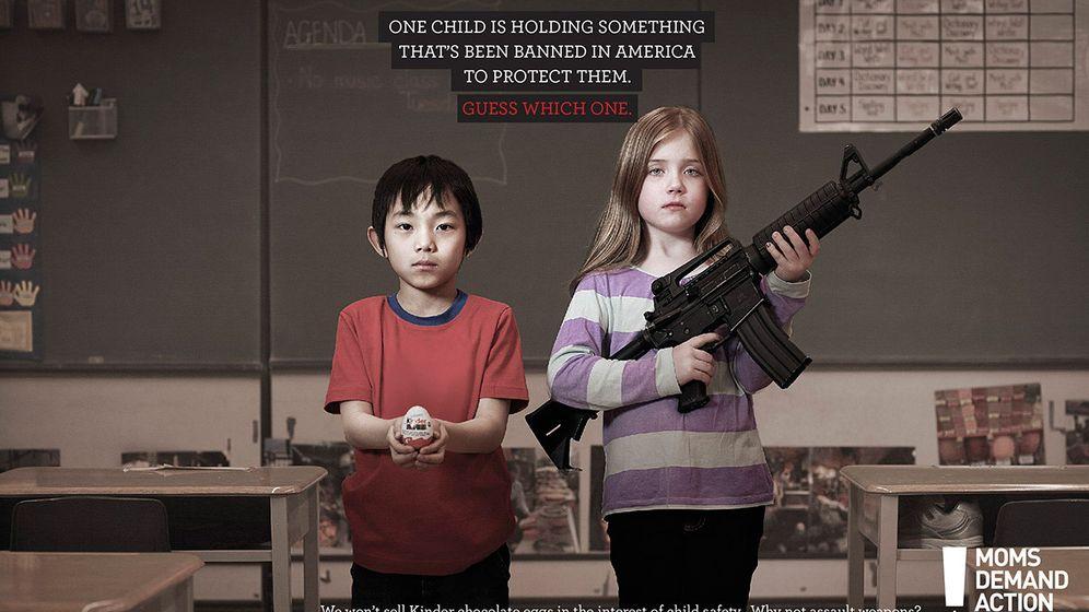 Anti-Waffen-Kampagne Choose One: Krasse Vergleiche für mehr Vernunft