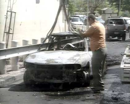 US-Botschaft Damaskus: Das Tatfahrzeug wird entfernt