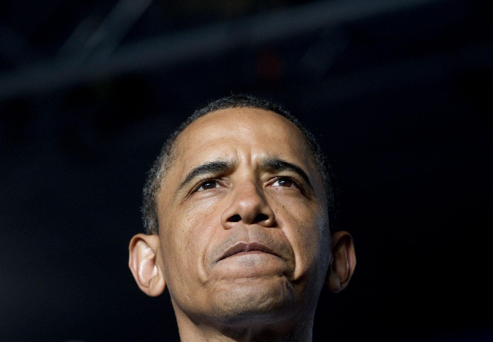 obama guckt skeptisch