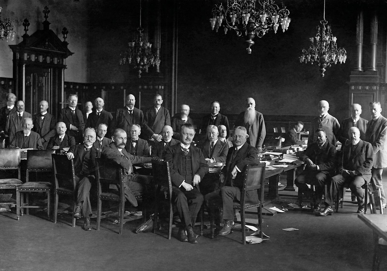 Friedrich Ebert im Hauptausschuss des Deutschen Reichstages, 1918