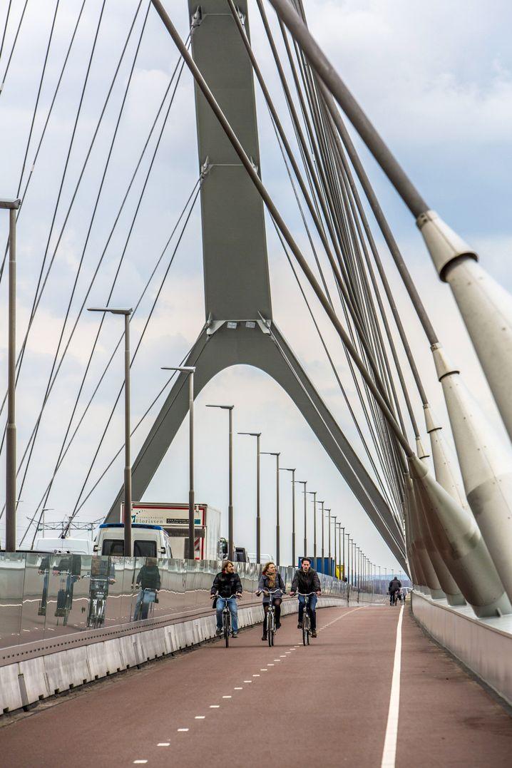 Fahrradweg im niederländischen Nimwegen