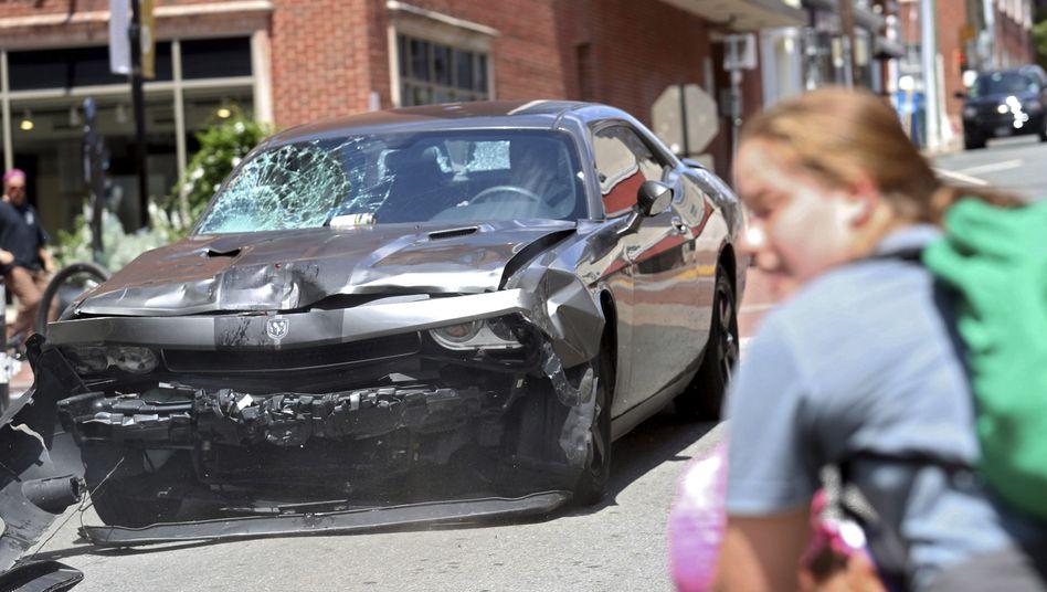 Auto, mit dem der tödliche Anschlag in Charlottesville verübt wurde
