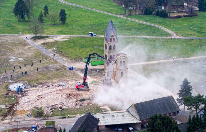 Kirche St. Lambertus muss Tagebau weichen (09.01.2018)