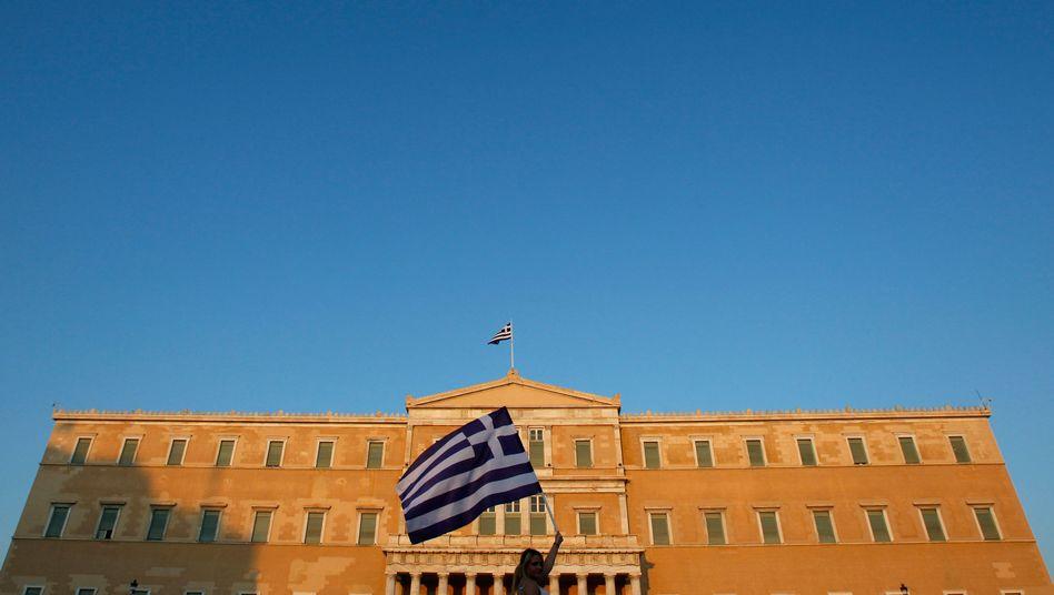 Griechisches Parlament: Auch Volksvertreter trifft die Krise