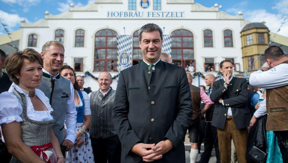 Markus Söder (CSU) auf dem Oktoberfest: Vermeintlich volksnahe Xenophobie